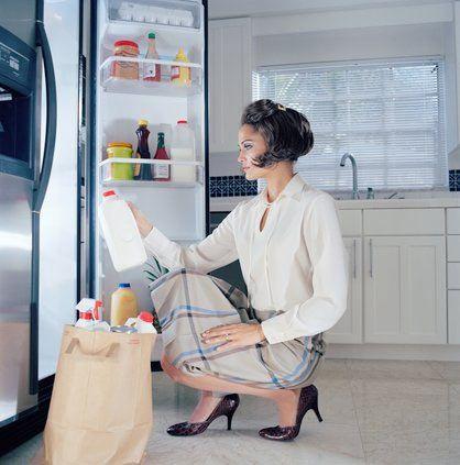 •Satın aldığınız yiyecekleri ve içecekleri ürünleri açıkta bırakmayın, buzdolabında saklamaya özen gösterin. •İçeriğini bilmediğimiz yiyecek ve içecekleri tüketmeyin. •Krema,  kızartma, mayonez içeren gıdalardan uzak durmaya özen gösterin.